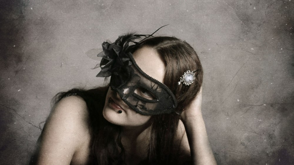 diana-marin-digital-art-lace-gothic