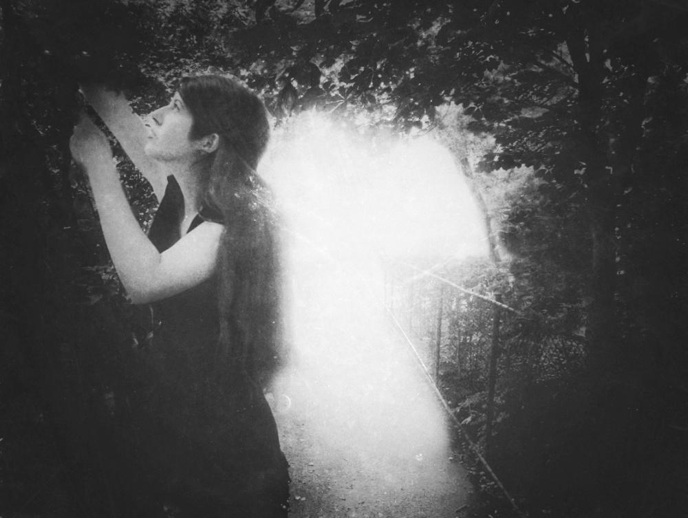 diana-marin-fantasy-portrait-light