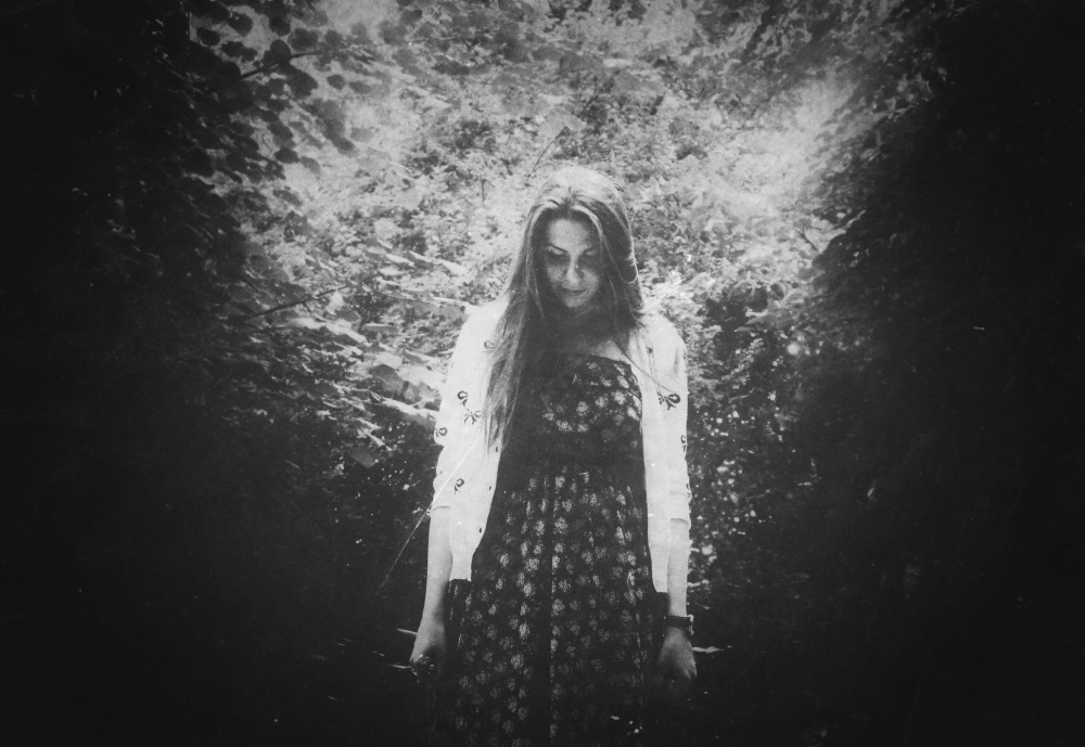 diana-marin-portrait-girl-nature