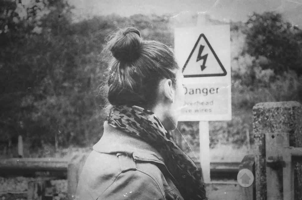 girl-portrait-danger-urban
