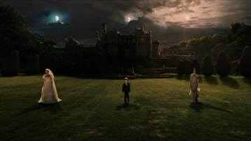 melancholia-film-surreal-opening-shots