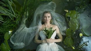 melancholia-kirsten-dunst-film-stills-ophelia