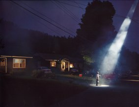 Gregory-Crewdson-night-light