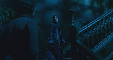crimson-peak-blue-velvet-dress-symbolism