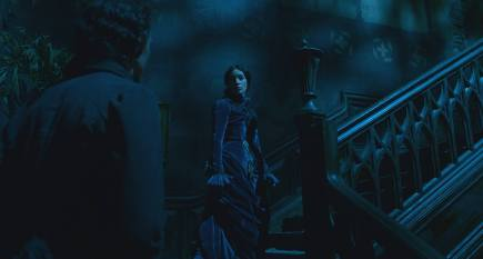 crimson-peak-blue-velvet-dress-symbolism