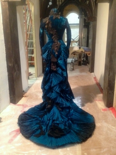 crimson-peka-blue-velvet-dress